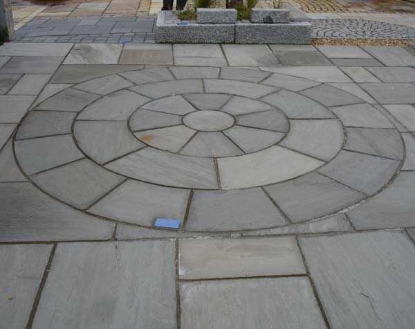 Autumn Grey Sandstone Circle