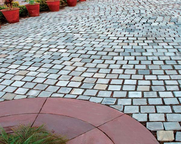Cobbles Application (Autumn Grey)