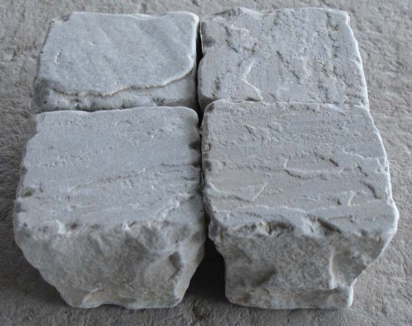Autumn Grey Tumbled Cobbles(Sets)